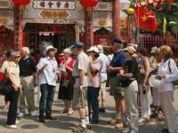 Biên soạn sách đào tạo hướng dẫn viên tại các diểm di sản thế giới của Việt Nam